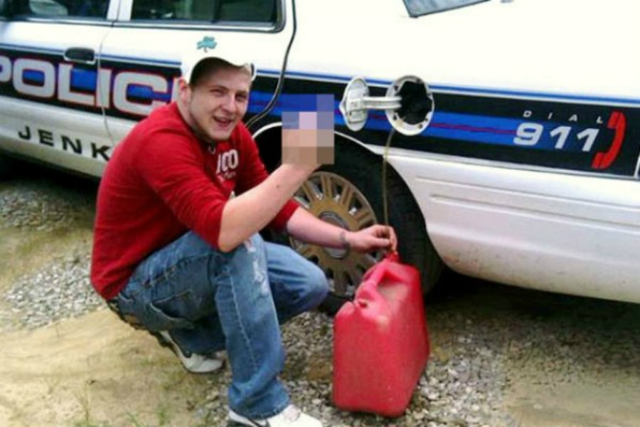 «Выпила за рулем — выложила фотку»: глупейшие провалы преступников (15 фото)