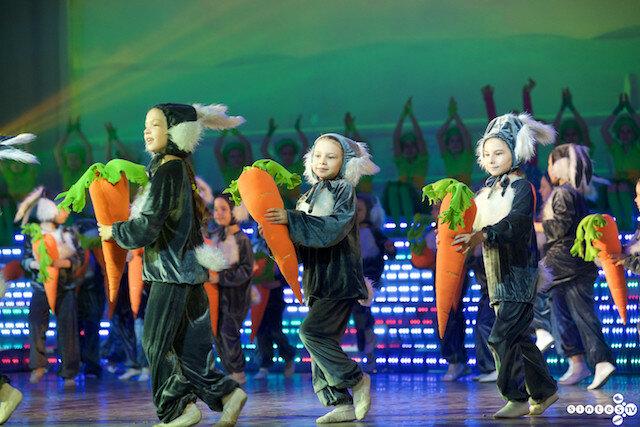 «Юбилейный день или есть ли жизнь за 40», 40 летие Дворца культуры города Барнаула