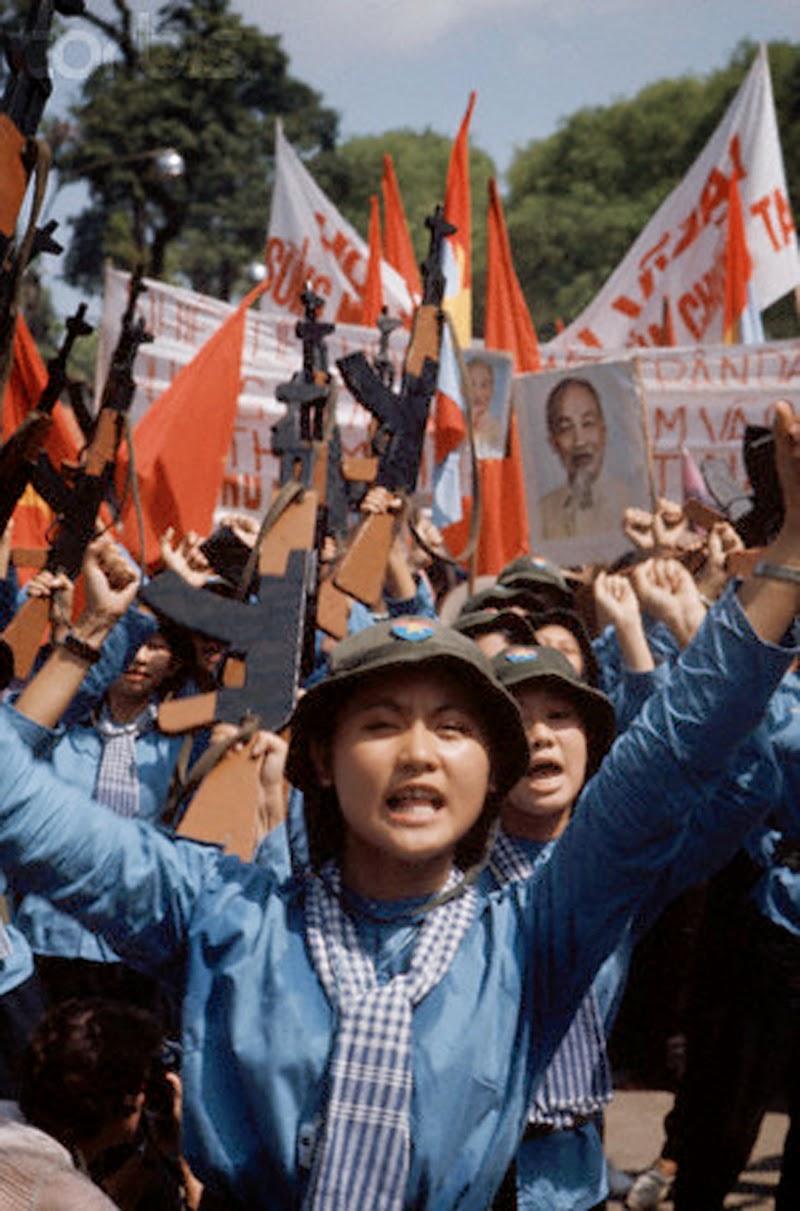 The Fall of Saigon, 1975 (4).jpg