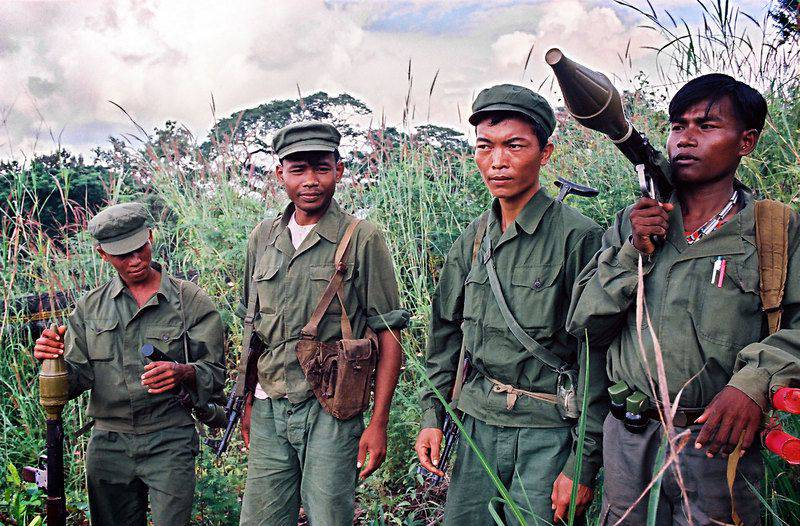 1448636155_cambodia-khmer-rouge-copy_large.jpg