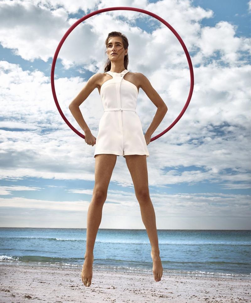 Жозефин ле Тутур на страницах Harper's Bazaar