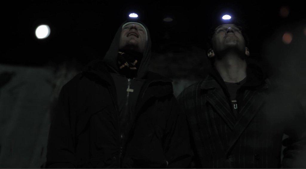 6. В настоящее время у обоих братьев началось так называемое «туннельное видение», то есть они видят