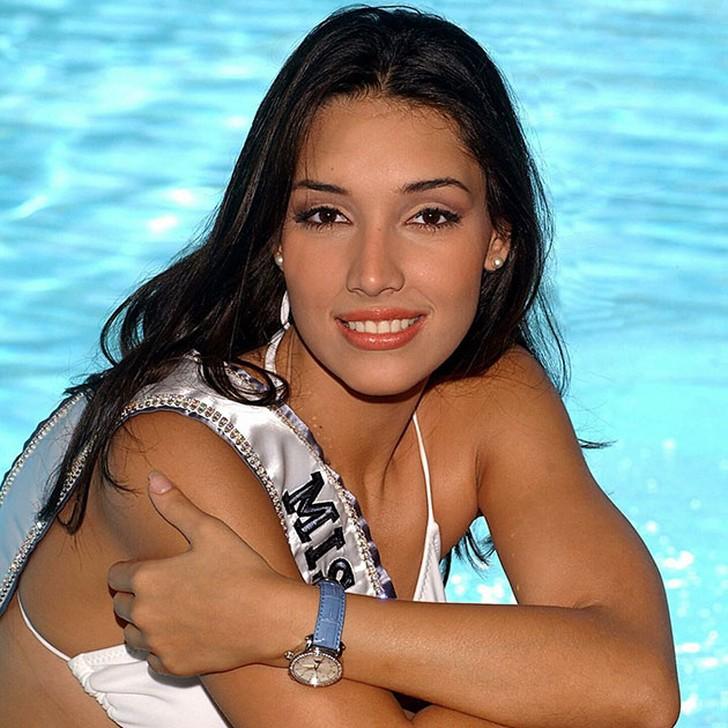 Амелия Вега, Доминиканская республика. «Мисс Вселенная — 2003». 19 лет, рост 186 см, параметры ф