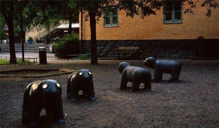 Наших детей губит не интернет, а детские площадки во дворах (19 фото)
