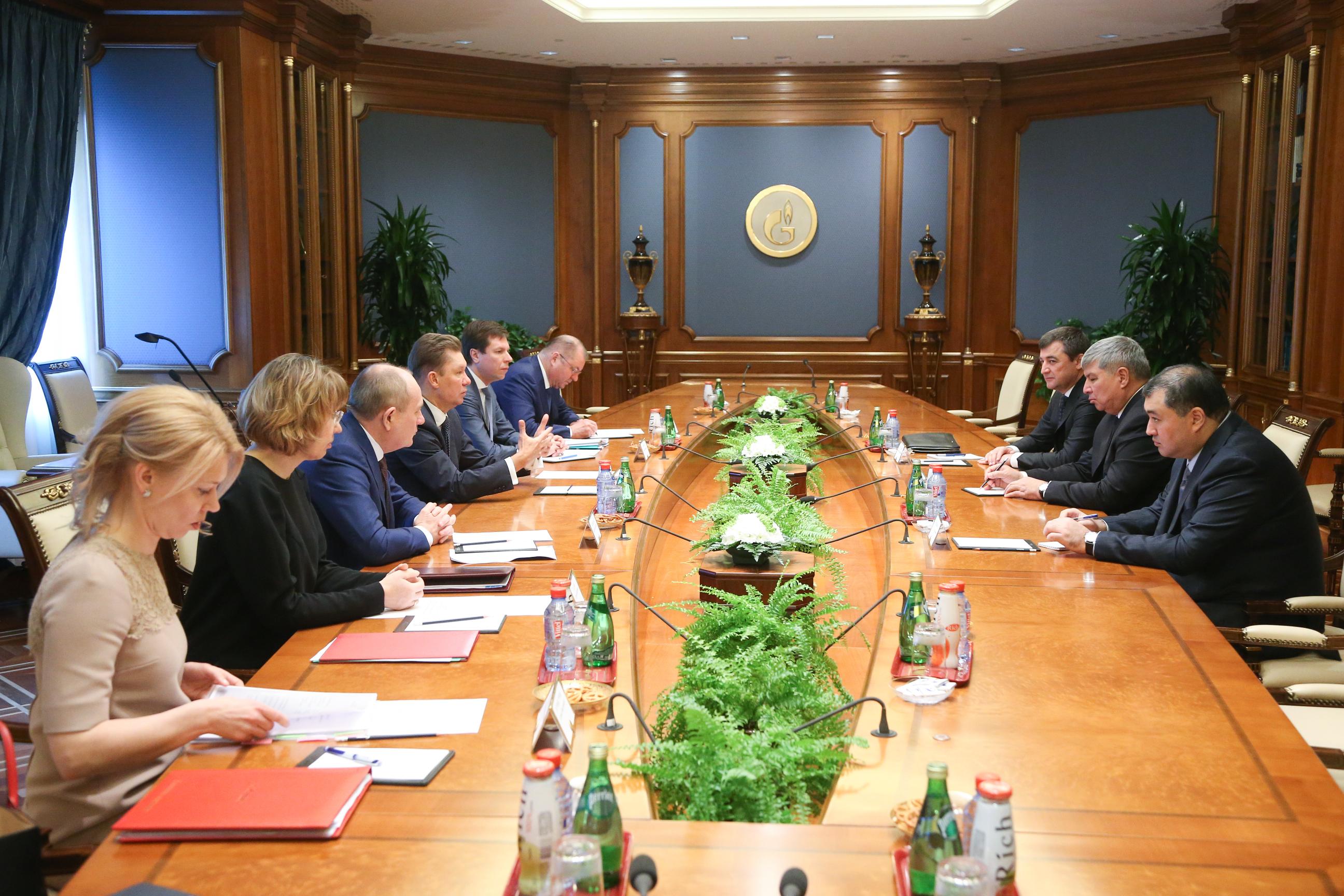 «Газпром» будет покупать уУзбекистана по4 млрд кубов газа вгод