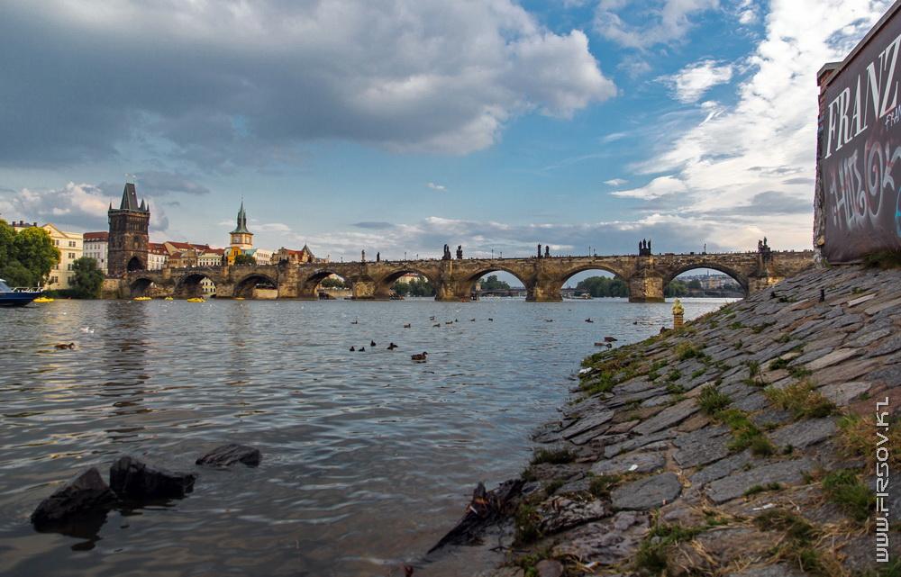 Prague 87.jpg