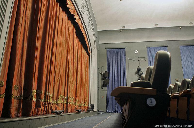 33. Спартаковская пл. Театр Модерн. 17.05.17.08..jpg