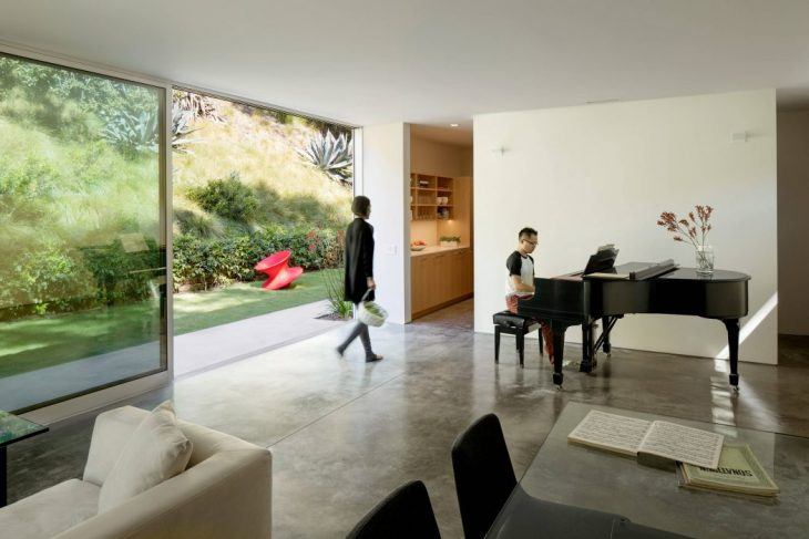 Coldwater Canyon Residence by Ehrlich Yanai Rhee Chaney Architects