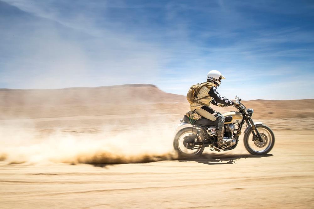 Fuel Bespoke Motorcycles: пустынный кастом Kawasaki W650