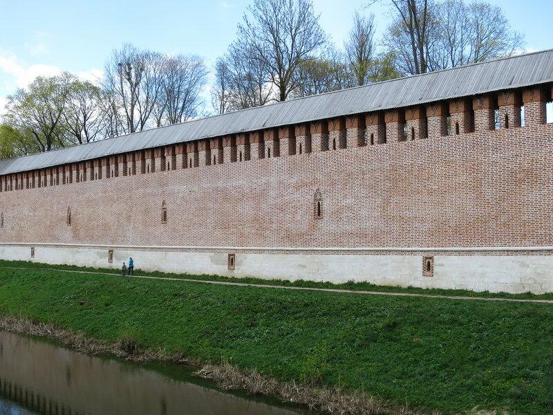 Расположение различных ярусов боя с внешней стороны крепости