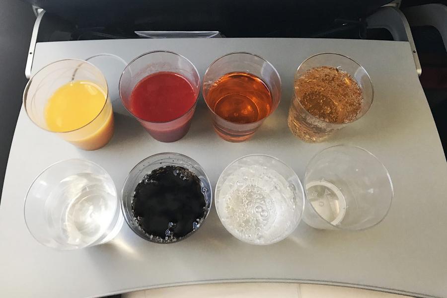 Как познакомиться со стюардессой
