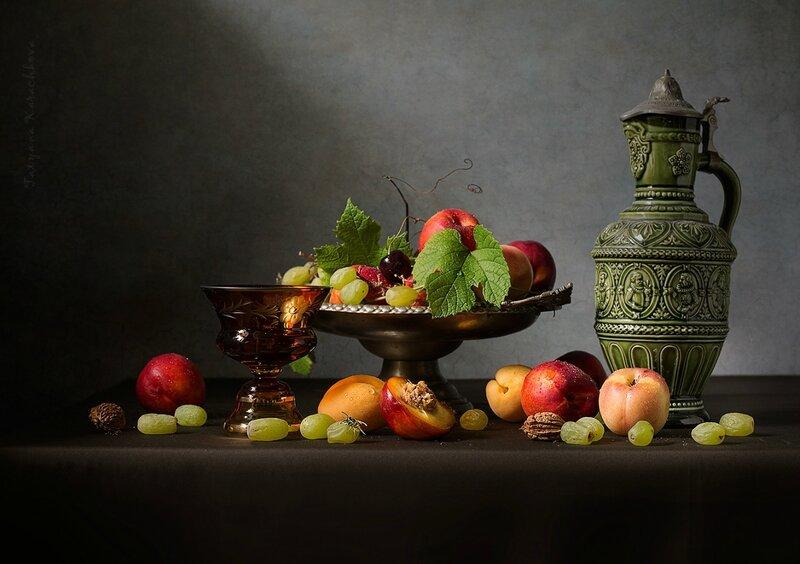 Летний натюрморт с фруктами и вином