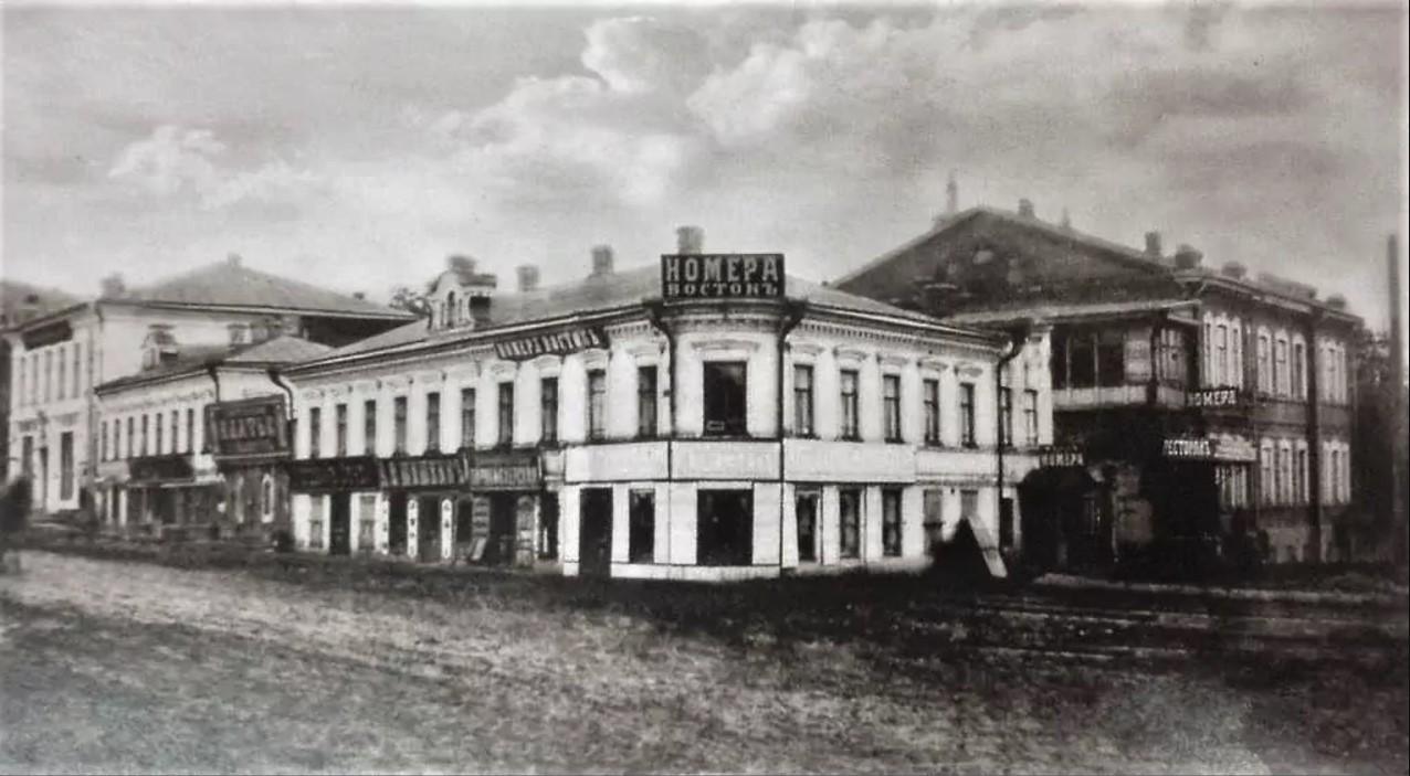 Угол Копанской и Николаевской улиц