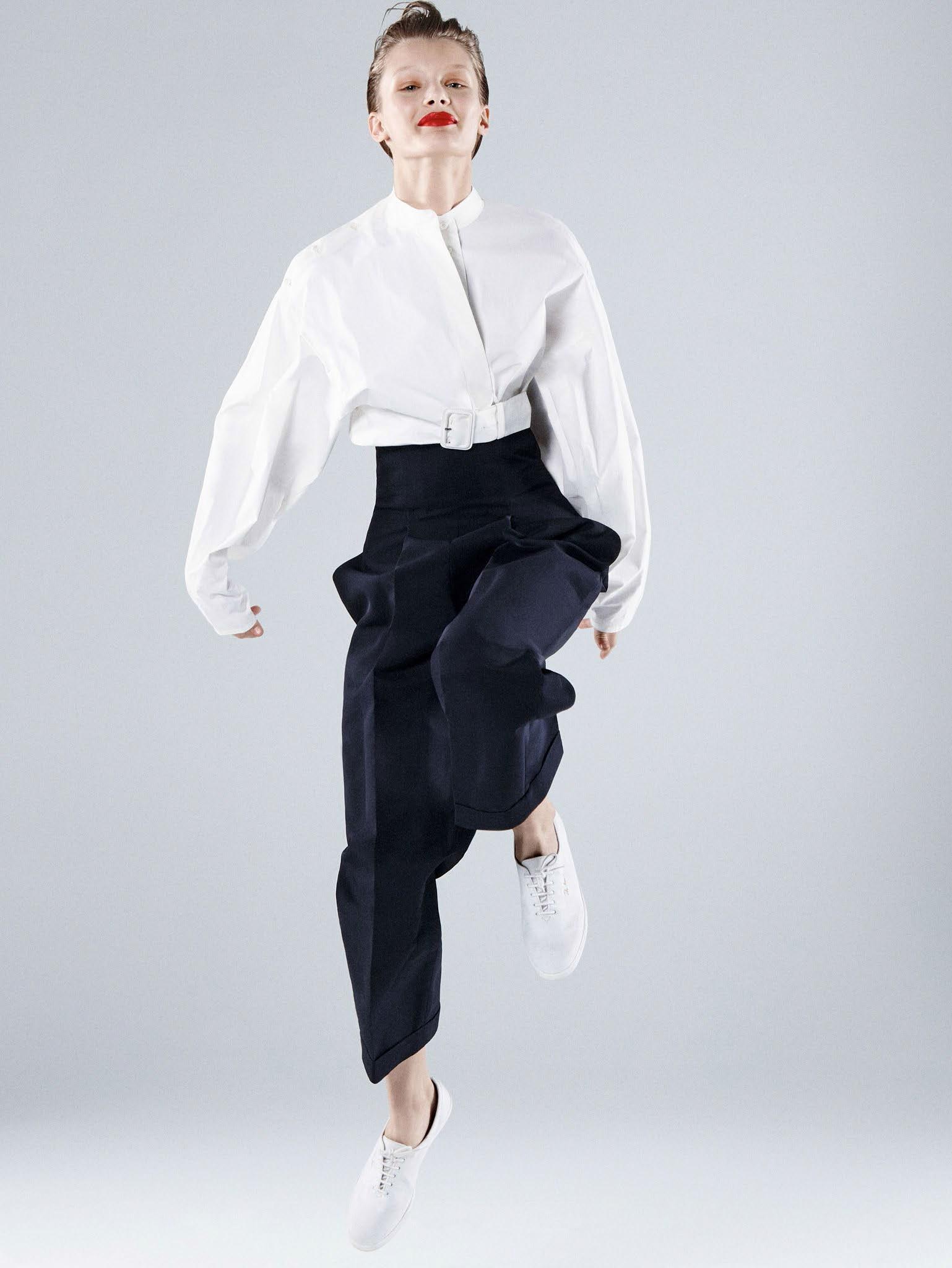 Кристина Грикайте в фотосъёмке Дэниела Джексона для китайского Vogue, май 2017 8