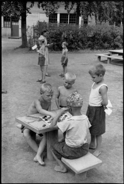 Атмосферные фотографии о жизни советских людей (10 фото)