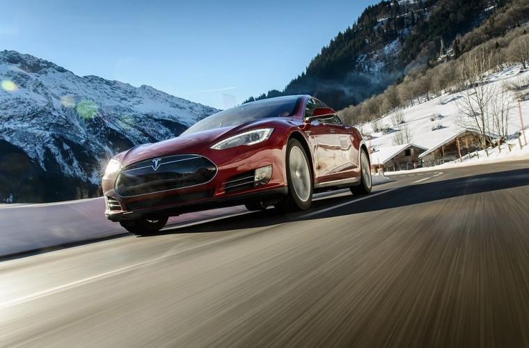 Компания Tesla сообщила орекордных поставках электромобилей впервом квартале