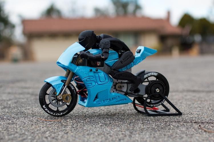 Бретт Тёрнидж и его модельки мотоциклов, напечатанные на 3D-принтере
