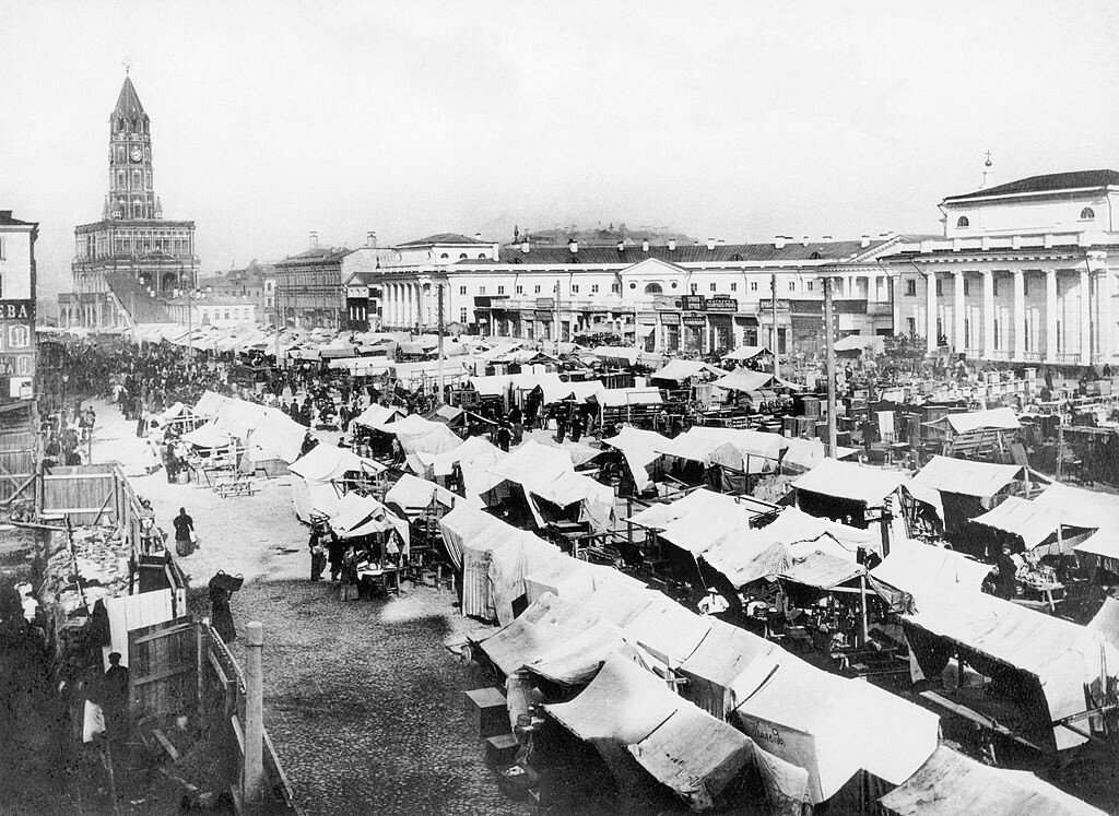 546911 Рынок на Сухаревской полощади 1910.jpg