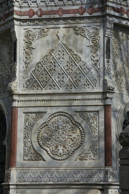 Стамбул. Мавзолей Кечеджизаде Фуад-паши (Keçecizade Fuad Paşa Türbesi)