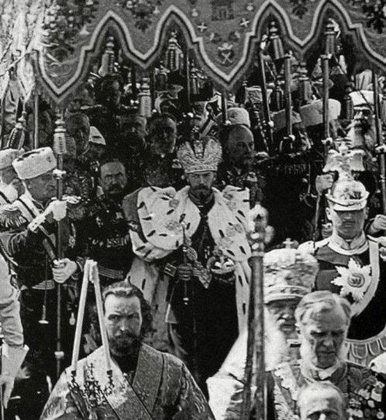 Коронация по-одесски Информируя горожан о праздновании 300-летия царствования династии Романовых, га