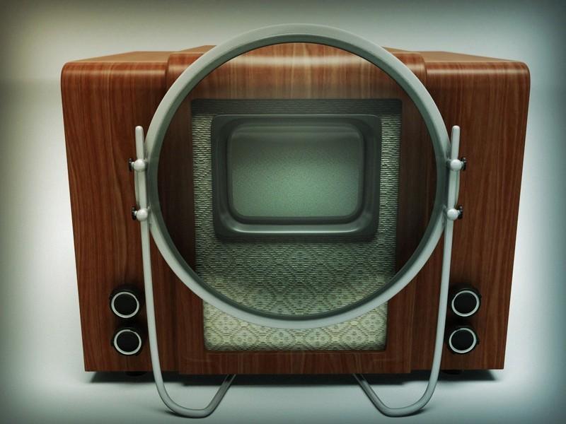 4. Ставший легендарным телевизор был разработан в Ленинградском НИИ телевидения инженерами Кенигсоно