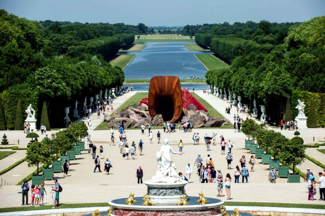 Anish Kapoor Exhibition in Versailles Palace (15 pics)