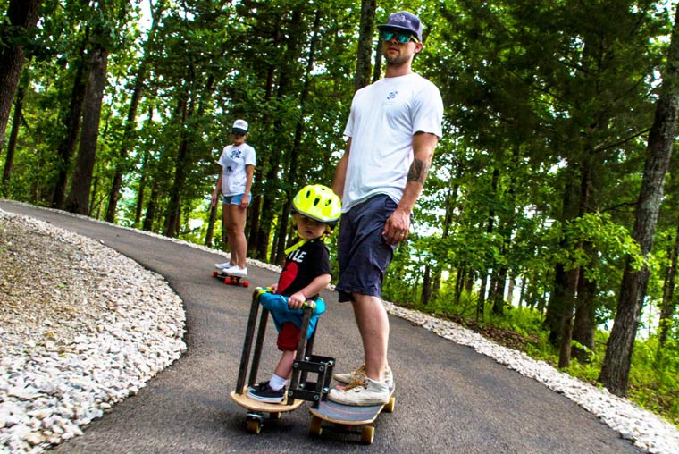 Longboard Sidecar - An awesome concept for skateboarding with your toddler