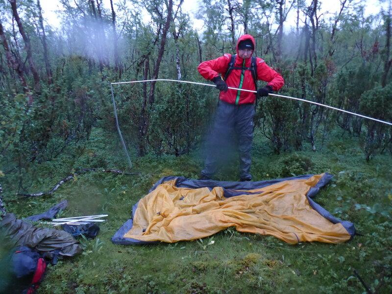 установка палатки cetus 3 со внутреними дугами под дождем
