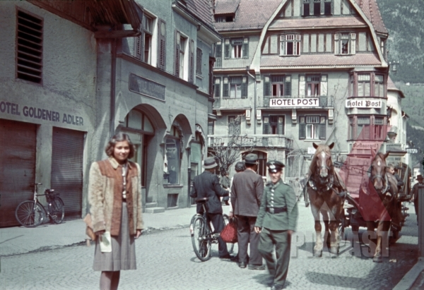 stock-photo-at-the-hotel-post-in-landeck-austria-1940-12416.jpg