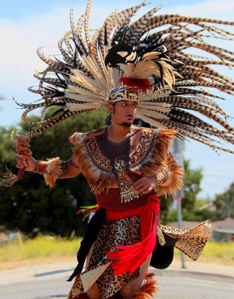 Танец америцанских индейцев