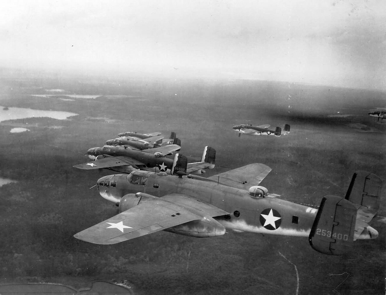 wgn_photos_warplanes_to_siberia_image_16_north_american_b-25_mitchell_(1).jpg
