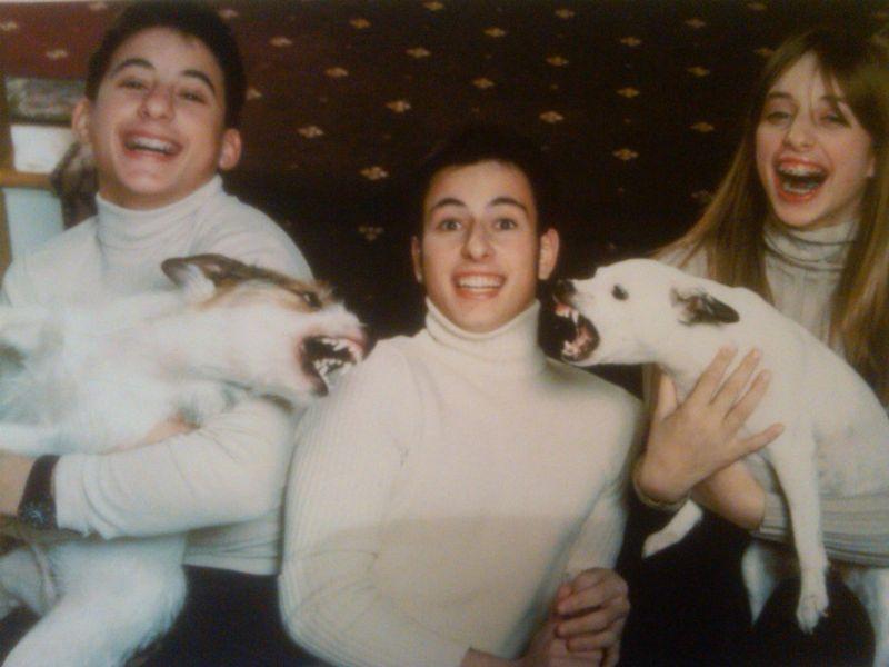 1. Фото с милейшими домашними питомцами, любимцами всей семьи.
