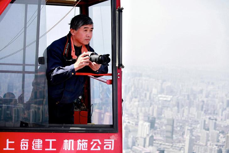 Шанхайская башня — сверхвысокое здание, строящееся в районе Пудун города Шанхай в Китае. Согласно пр
