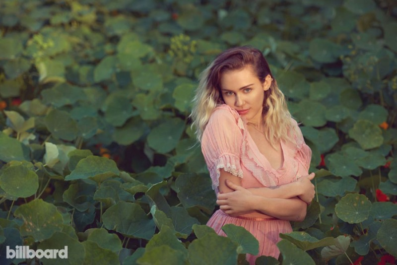 Майли Сайрус на обложке Billboard Magazine