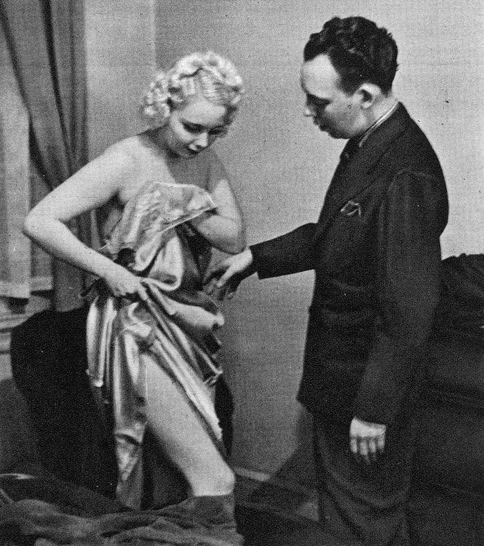 Как раздеваться перед мужем: руководство 1937 года, которое пригодится современным женщинам (12 фото)