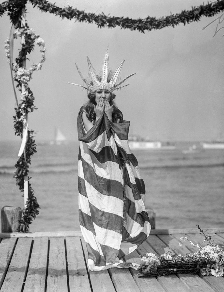 Первая Мисс Америка (14 фото)
