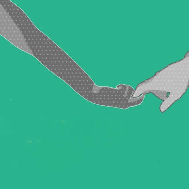 В отношениях не так часто попадаются такие пары, в которых один их партнеров ведет другого, держа не