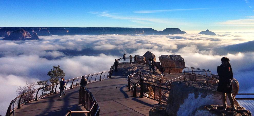 Desert View — смотровая площадка на самом краю Большого Каньона, 29 ноября 2013. (Фото National