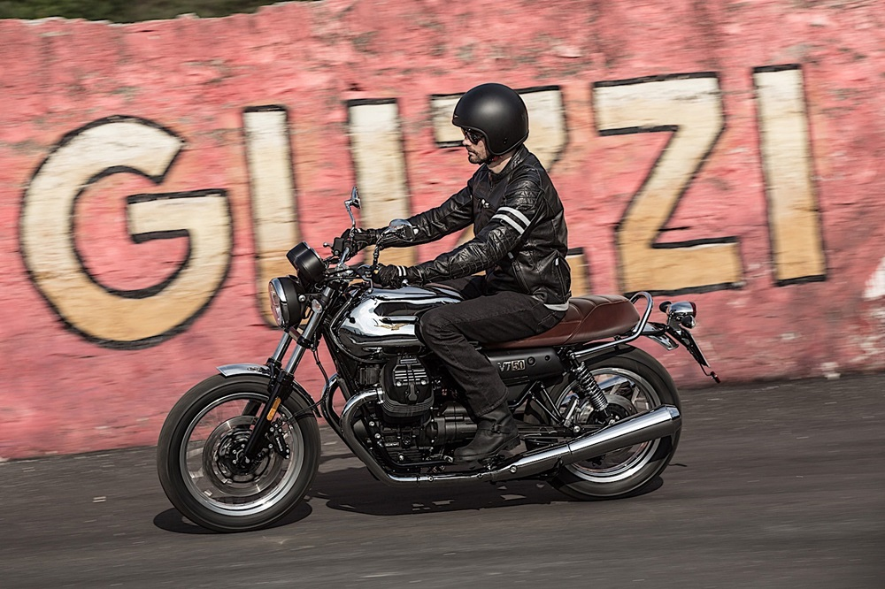 Мотоциклы Moto Guzzi V7 III 2018
