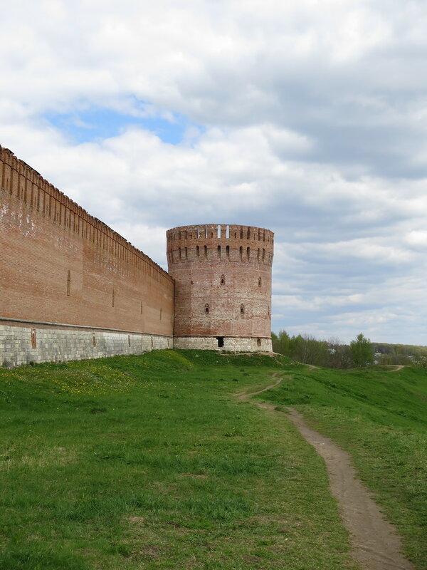 Башня Орел (9) со стороны Авраамиевских ворот