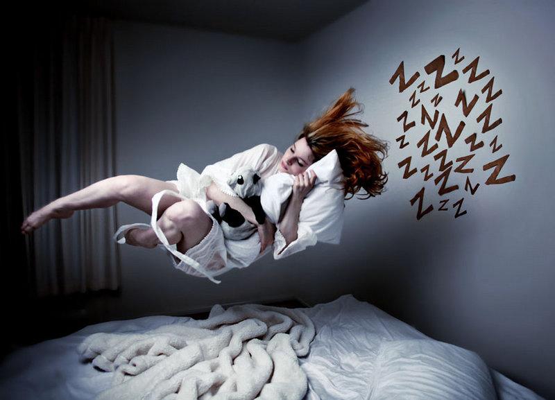 Теории о том, почему мы видим сны