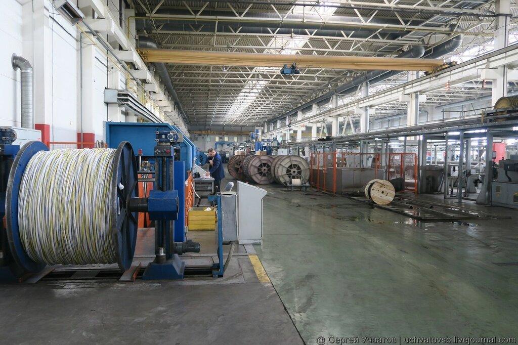 Фото цеха завода Цветлит в Саранске