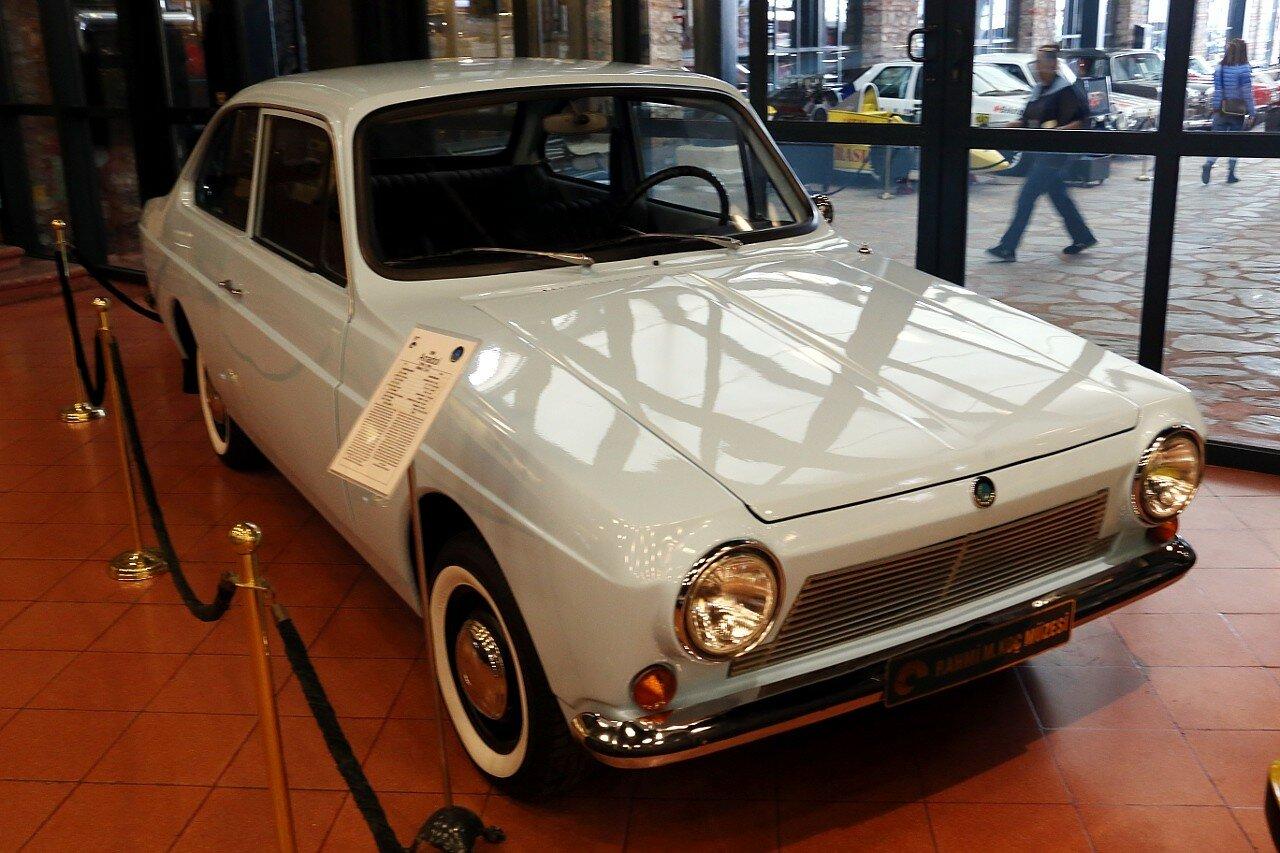 Стамбул. Музей Рахими Коча. Anadol Sedan 2-door, 1968