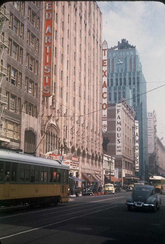 Вид на северную часть Бродвея от 10-й улицы, 1947 год.