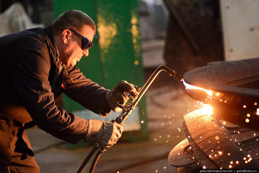 Барнаульский вагоноремонтный завод Основан в 1917 году и считается одним из старейших предприят