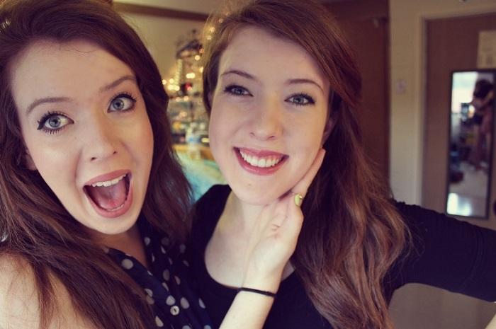Одно тело на двоих: как живут сиамские близнецы Эбигейл и Бриттани Хенсел