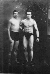 Участники чемпионата, справа - Л.А.Чаплинский.