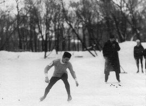 Участник забега в Юсуповом саду на старте.