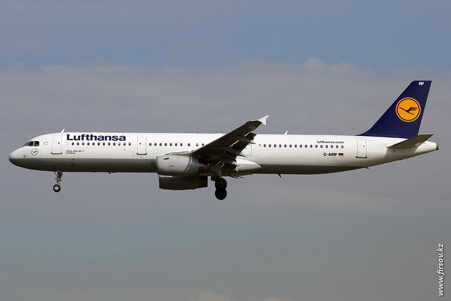 A-321_D-AIRP_Lufthansa_zpsc9814cb8.JPG