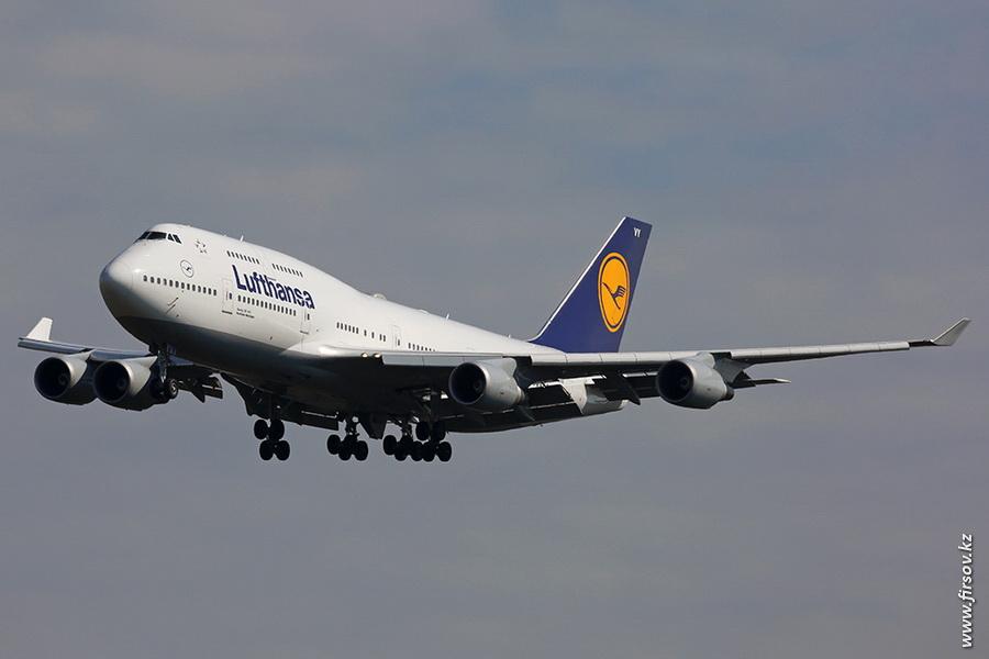 B-747_D-ABVY_Lufthansa_zps34920e42.JPG